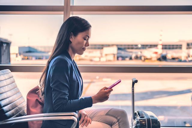 Essential Tips for Combating Flight Anxiety When You Travel