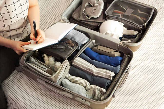 3 Must-Have Items To Pack For Your Next Trip Overseas