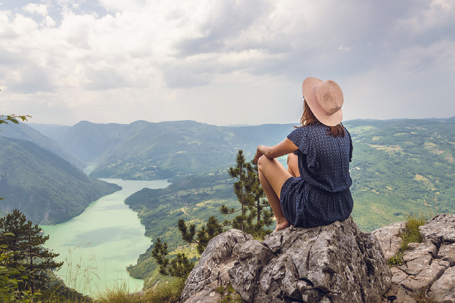 How To Ensure You Stay Safe And Sound When Travelling Solo